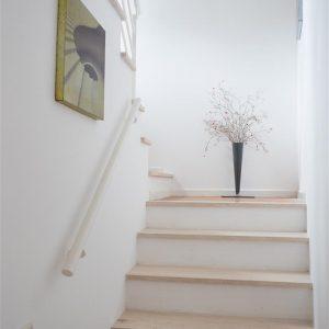 escada para piso 1